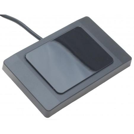 RFID-läsare med USB-anslutillning