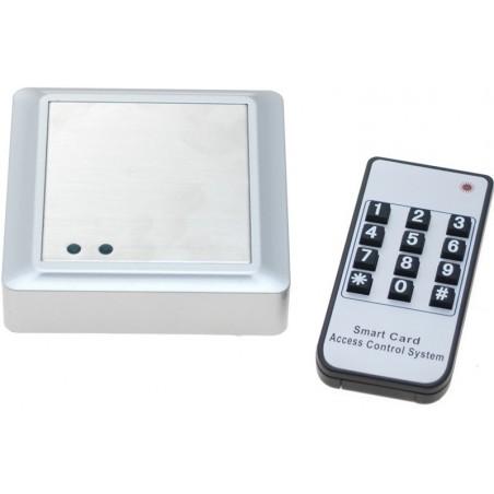 Fristillående åtillkomstillkontillroll. Åtillkomstillkontillroll med tangentbord, RFID och fjärrkontillroll