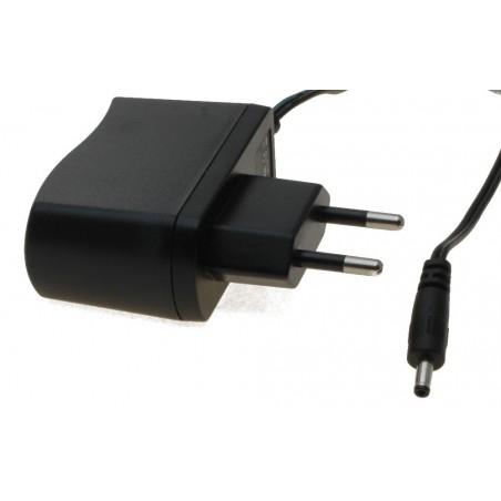 5 VDC / 2 A. netadapter. Type A, kontakt: 3,0 / 1,0mm, 100-240V 0.8A, 50-60Hz